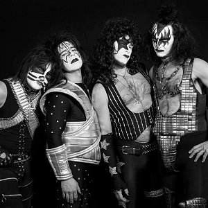 kissed kiss tribute hommage 3